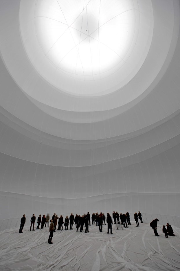CHRISTO -  The Big Air Package 03