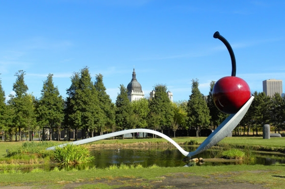 OLDENBURG - SPOONBRIDGE AND CHERRY