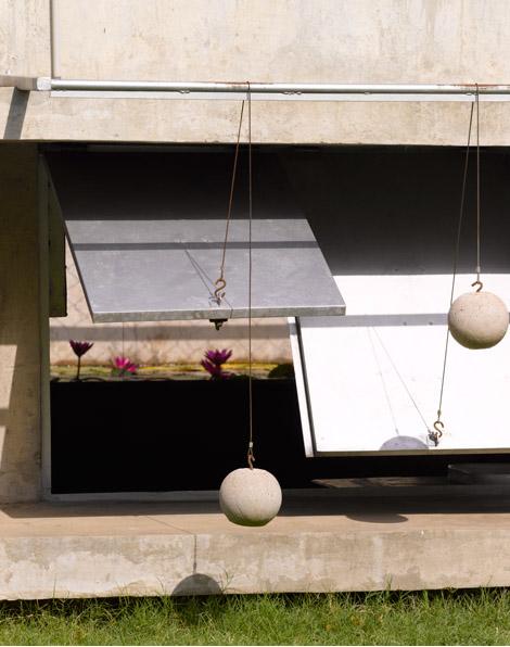 casa-con-pelotas-matharoo-associates-06