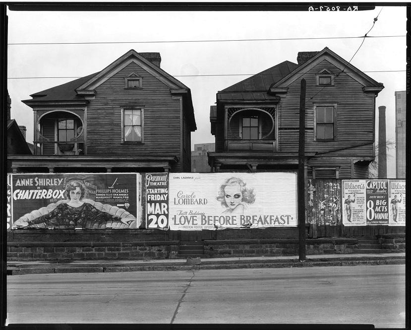 Walker Evans, Atlanta, Georgia. Frame Houses and a Billboard, 1936 baja