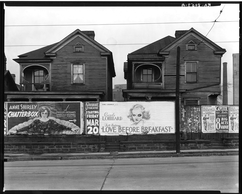 Walker Evans, Atlanta, Georgia. Frame Houses and a Billboard, 1936 baja
