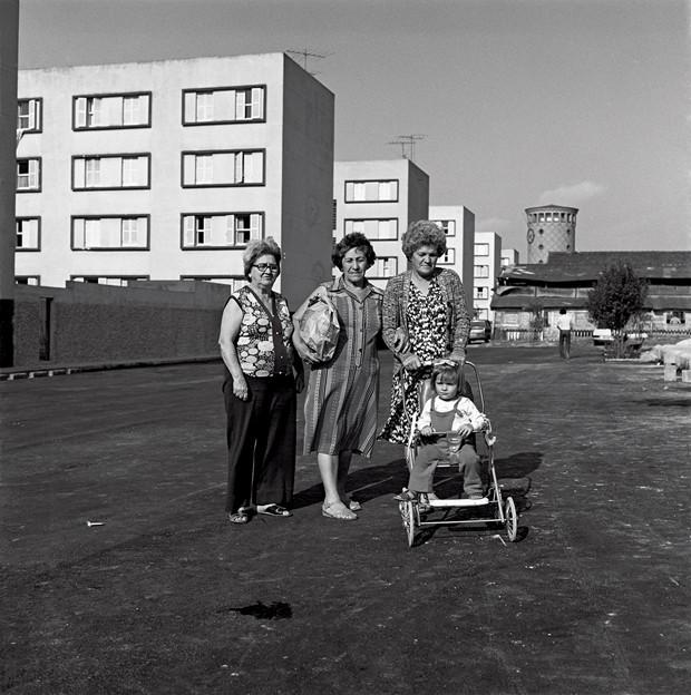 1979 23 Mulheres e crianÁa.tif